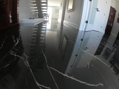 Hallway to Dining Room